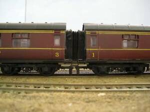 12 x 00 Gauge Bachmann Hornby LMS Corridor Connector Gangway Bellows 4mm BR