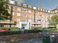 1 bedroom flat in Watchfield Court, London, W4 (1 bed)