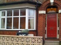 SUMMER LET: Large 4 bedroom house 8th July - 31st August 2016 near City/Uni/Hospital £245/week