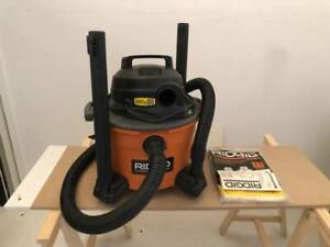 MOVING SALE: Ridged 6 Gallon Wet/Dry Vac