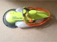 Garden Groom Max Hedge Trimmer Cutter £35 Wimbledon