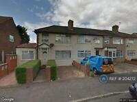 6 bedroom house in St. Andrews Avenue, London, RM12 (6 bed)