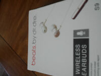 beats. by dr.dre WIRELESS EARBUDS