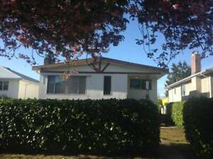 House for rent 5 bedrooms in Vancouver available now $3600