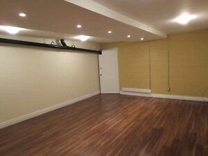 400sqft Lease Space w/ Sep Entrance & Wifi Included in East York