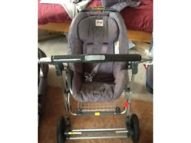 Britax travel system with car seat Pram