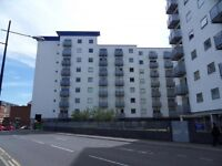 Modern Well Presented Two Double Bedrooms Flat with Private Patio,located in Hounslow ,next to Asda