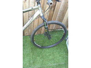 Carerra Crossfire Hybrid Mountain Bike.