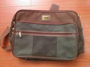 Man's leather bag- new condition