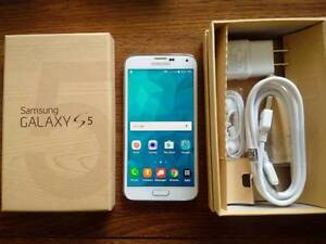 White Galaxy S5 * UNLOCKED * Box & Accessories * Brand NEW