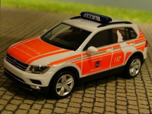 1//87 Herpa VW Tiguan notarztfahrzeug FW wolfsburg 095273