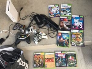 Xbox 360 remotes and games, WII console