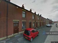 2 bedroom house in Newchurch Street, Rochdale, OL11 (2 bed)