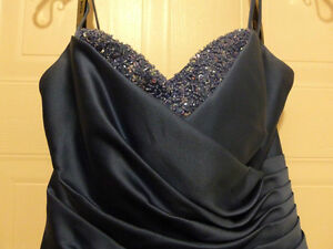 Beautiful Blue Dress Size 8 $40.00 Cambridge Kitchener Area image 2