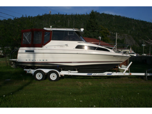 Used 1998 Bayliner Ciera 2252 Express Cruiser