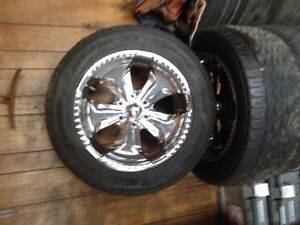Rims and tires off of 2003 Avalanche