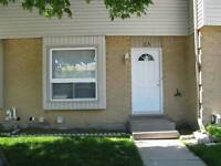 FANSHAWE: SINGLE BEDROOM LEASE SEP 1 ALL IN W/WIFI+CABLE :) $425