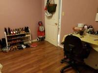 BEAUTIFUL CLEAN FURNISHED ROOM FOR RENT IN SURREY - FEMALE ONLY
