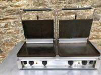Double contact square grill