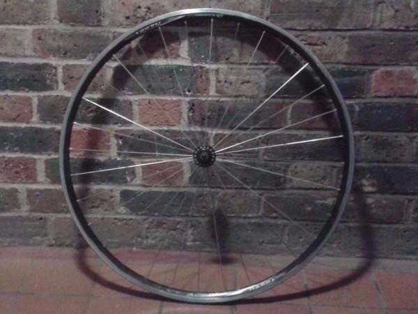 Alex DA22 alloy front wheel quick-release road bike fast race lightweight radial spokes rim
