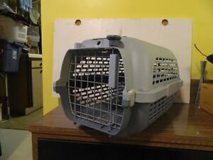 Cat or Small Dog Cage (17*11*11)