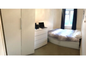 Double Room in Richmond