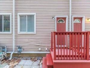 4 Bed King E Townhouse. Students Welcome. Parking