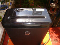 Paper Shredder, Woolworths 200E9110, Model P5-E10B with thermal cut-out