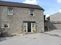 PEAK DISTRICT HOLIDAY COTTAGE -Week let August -Sleeps upto 8 - Dogs welcome