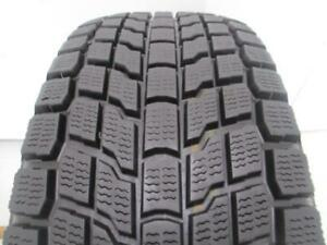 ONE WINTER TIRE 185 195 205 60 65 70 14 15 UN PNEU HIVER