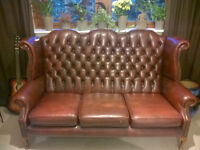 BEAUTIFUL Chesterfield wing back deep buttoned sofa