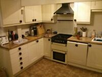 kitchen units (fully assembled wall & base carcasses