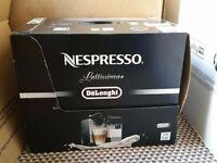 Delonghi Nespresso Lattissima plus EN520.B Black BRAND NEW COFFEE MACHINE