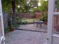 Beautiful 2 Bedroom Garden Flat