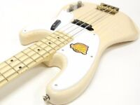 Squier - Classic Vibe P Bass '50s White Blonde Fender, amp and bag rrp £450