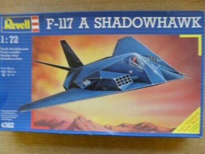 Revell 1/72 4382 F-117A SHADOWHAWK