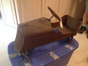 WANTED: antique pedal car, tractor, scooter, wagon, tin toys etc London Ontario image 1