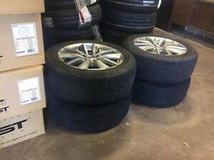 All season tires / rims