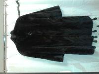 Manteau de fourrure de vison à queue femelle a vendre