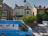 1 bedroom flat in Grange Park, Ealing, W5 (1 bed)