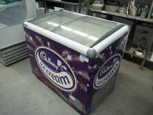 EXQUISITE 270LITRE ICE CREAM DISPLAY CHEST FREEZER, Gnangara Wanneroo Area Preview
