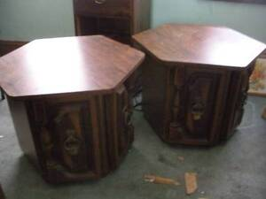 ****COFFEE TABLE AND 2 END TABLES*****