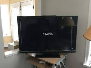 Like new 40 Inches Sony HDTV TV
