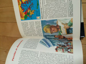History book in French Kingston Kingston Area image 4