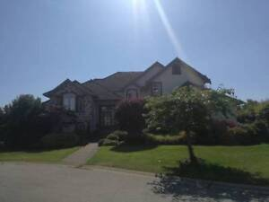 Luxury 5-bedroom house in South Surrey with huge yard - $4500