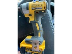 Dewalt 18-volt impact drill with 1 battery only