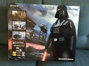 PS4 in box Darth Vader Limited Edition