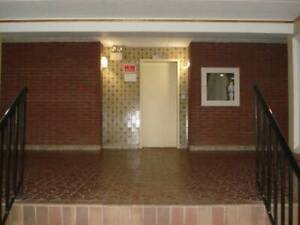 4 1/2 apartment Heat & Hot water include in lachine