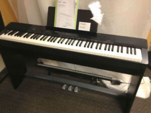 Casio Piano PX-150 with Stand,3 pedal unit (88 full keys)