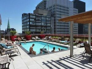 Heart of downtown Montreal+++furniture+++gym+++pool